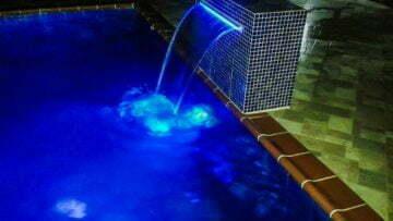 Cascada para piscina